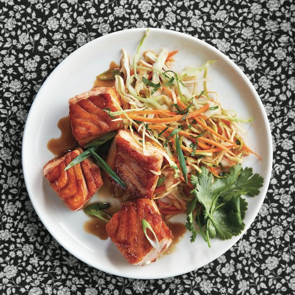 Caramel salmon with carrot slaw