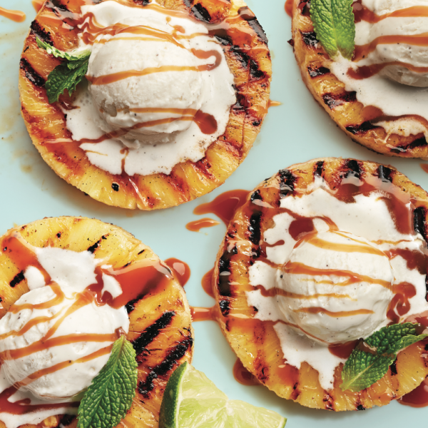 Grilled pineapple with caramel and lime