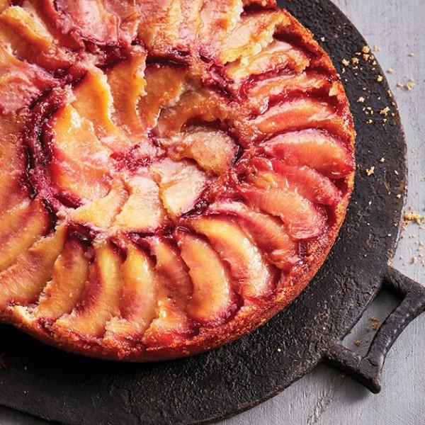 Financier plum cake recipe