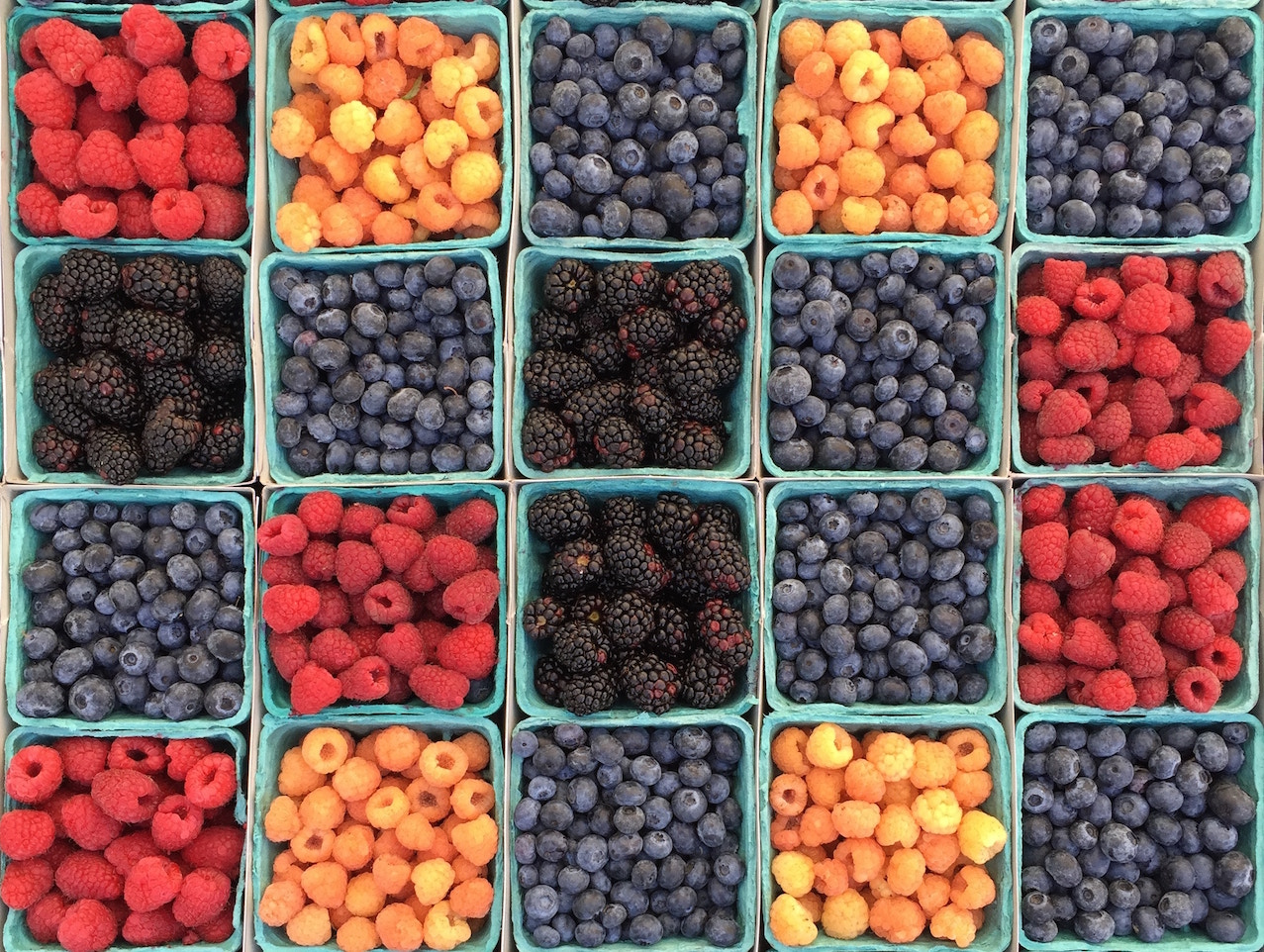 Freezer storage - Pints of fresh berries: How to use up overripe fruit