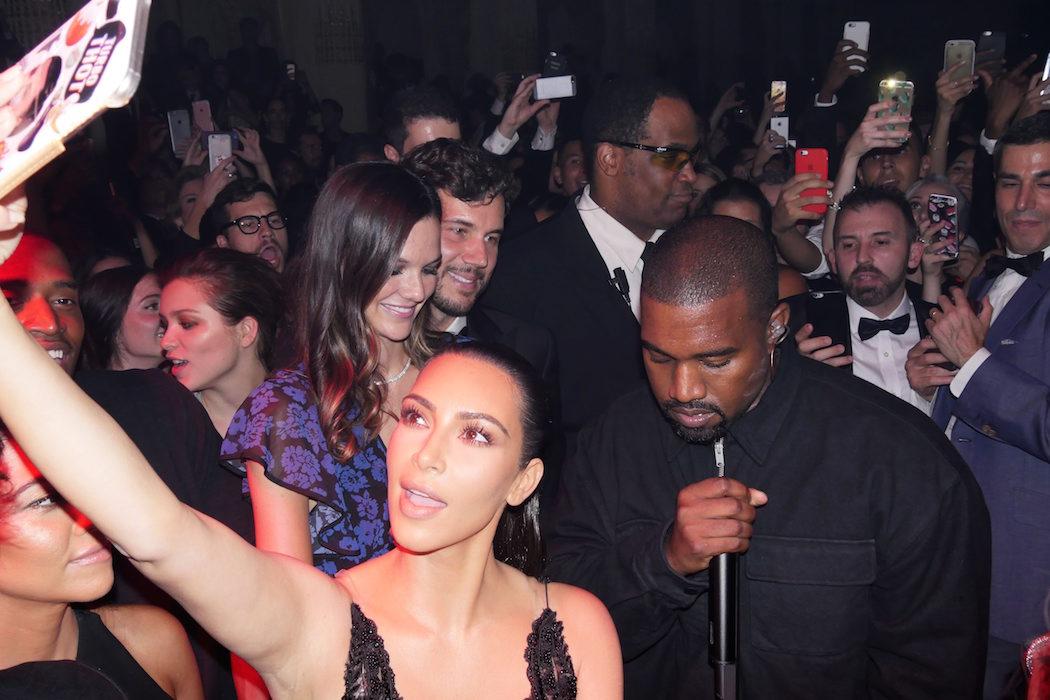 Kim Kardashian selfies experiment