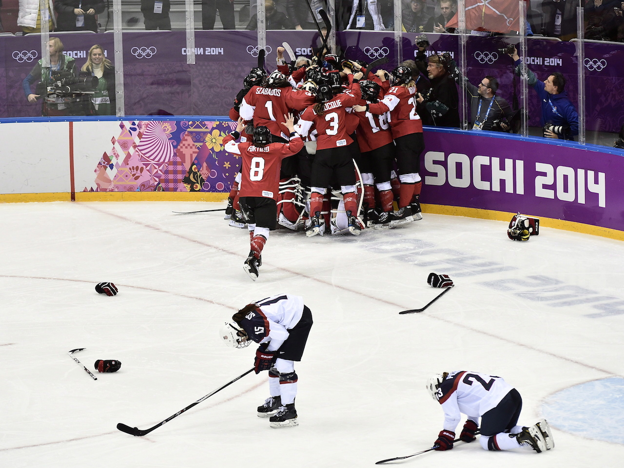 Women's hockey: team Canada crushes the US at the Sochi Olympics in 2014
