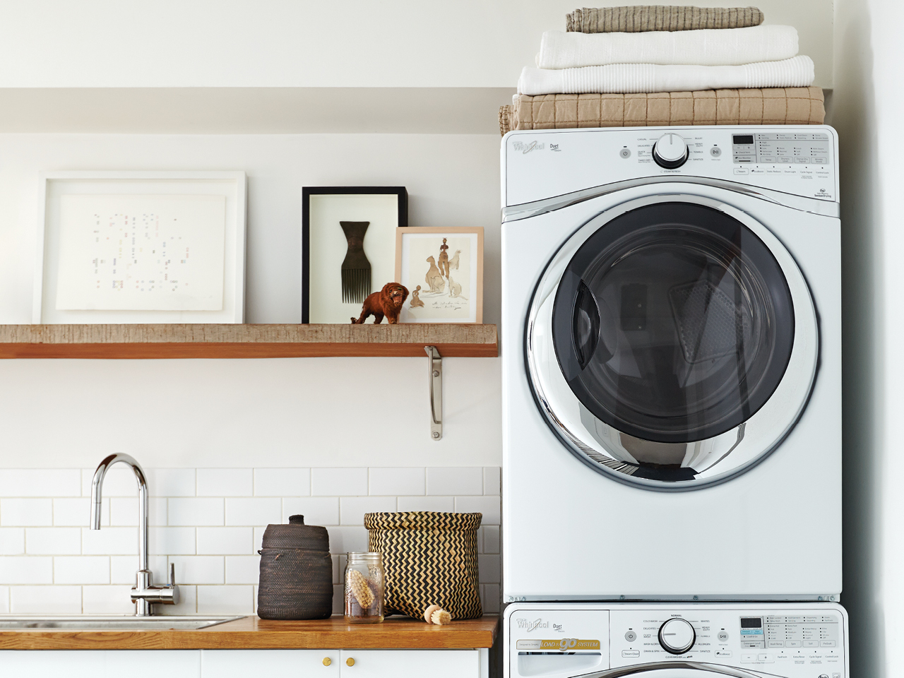 How To Make Your Clothes Smell Good In The Dryer 10 genius laundry hacks that actually work | chatelaine