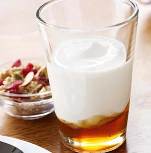 Starbucks food - Greek and Honey Yogurt Parfait