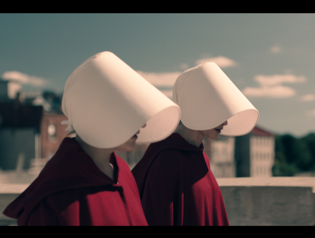 memory handmaids tale 2017-6-7  the handmaid's tale recap: praised be, bitch  the handmaids file quietly in two red rows  not moira, not even the memory of the friend who was always ready.