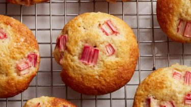 rhubarb muffins to illustrate an easy rhubarb muffin recipe
