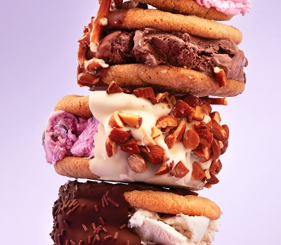 Ice cream desserts: Peanut Butter Cookie ice cream sandwiches