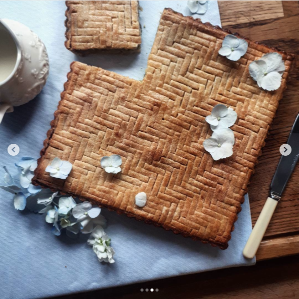decorative pie crusts: herringbone lattice pie crust