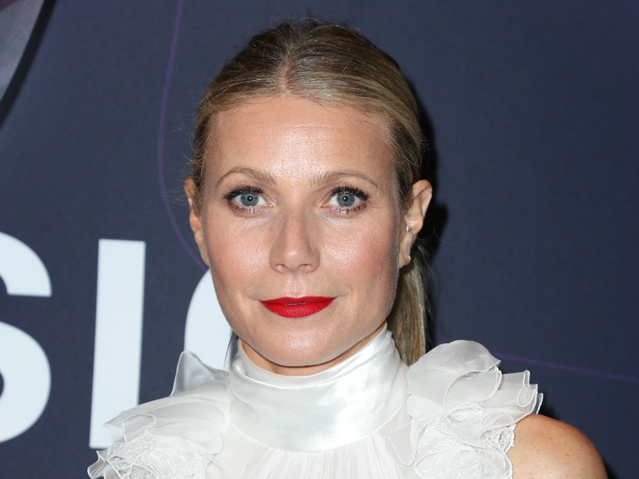 A dispute erupted between Canadian-born Dr. Jen Gunter and actor Gwyneth Paltrow's lifestyle site Goop