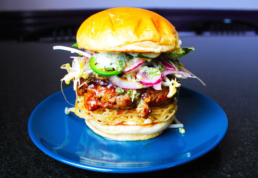 Le Burger Week 2017 - Winnipeg - Kyu Bochi - Mr Lees Pho Burger