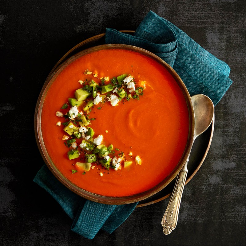 Roasted red pepper soup with tomato