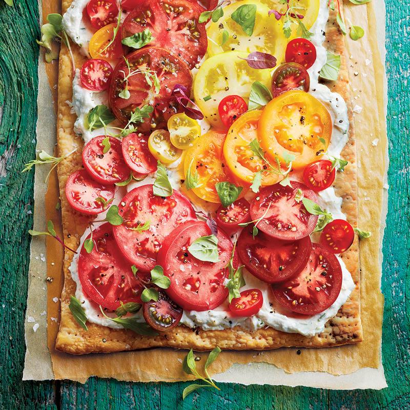 Heirloom tomato and roasted garlic tart