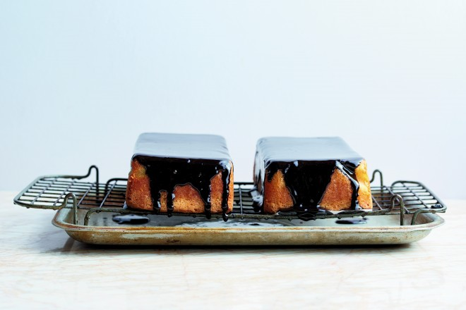 Flourless Coconut and Chocolate Cake from Ottolenghi SWEET