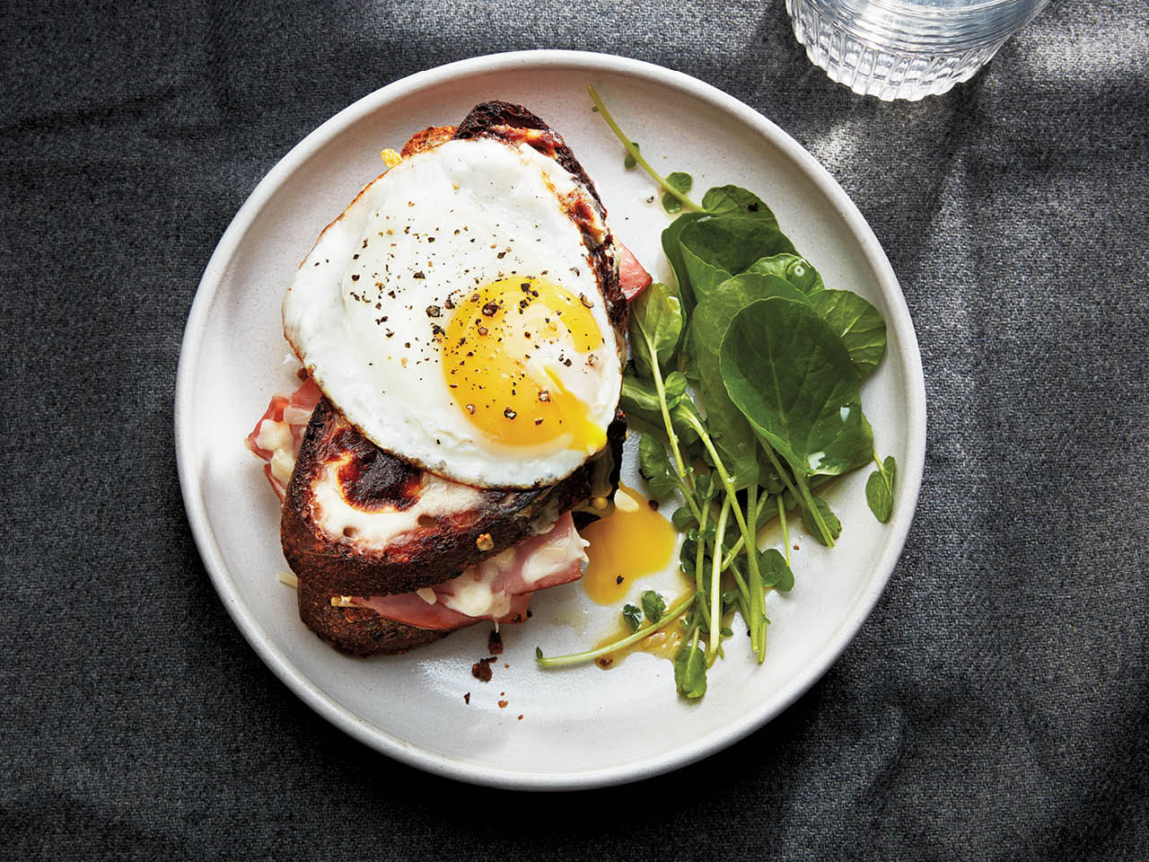 Grilled cheese croque madame