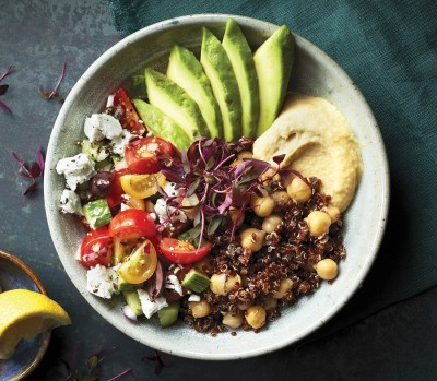 favourite quinoa recipes - mediterranean quinoa bowl