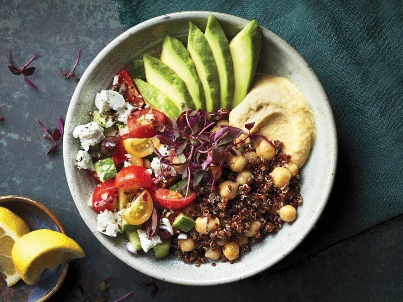 favourite quinoa recipes - mediterranean quinoa bowl