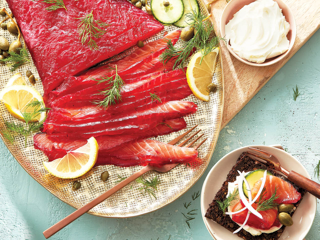 Beet-cured salmon gravlax