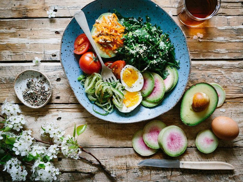 heart healthy diets: a colourful salad