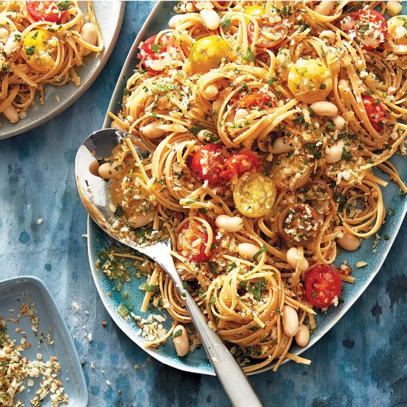 Tuscan white bean and tomato pasta