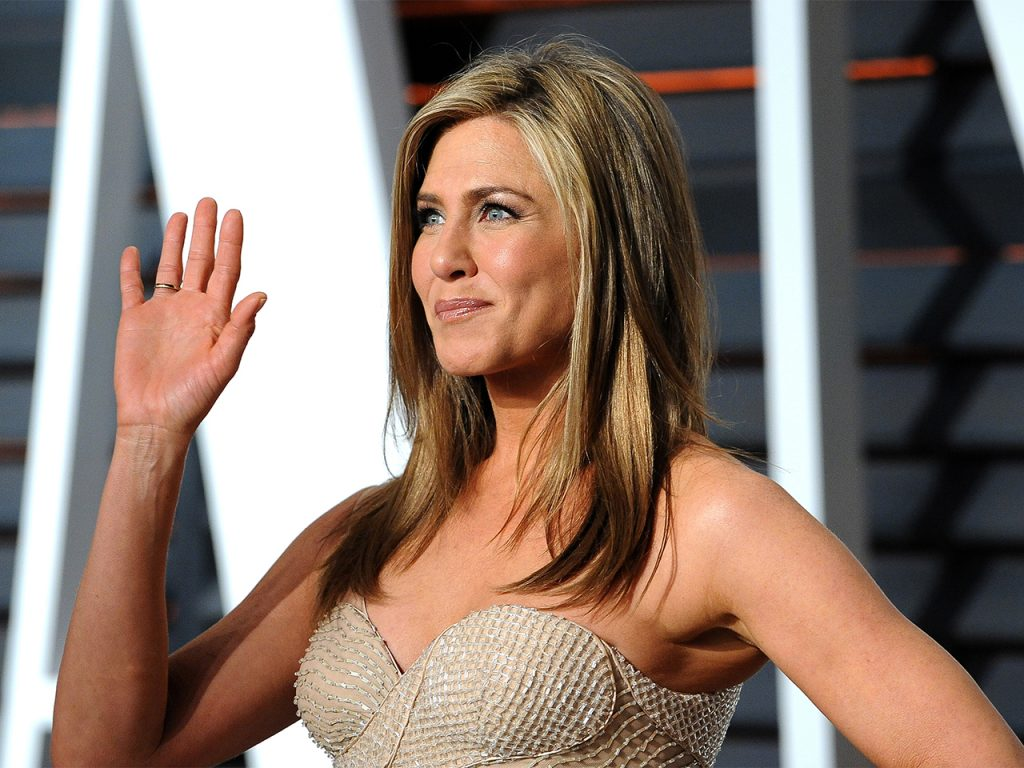 Jennifer Aniston Nude Photos 40