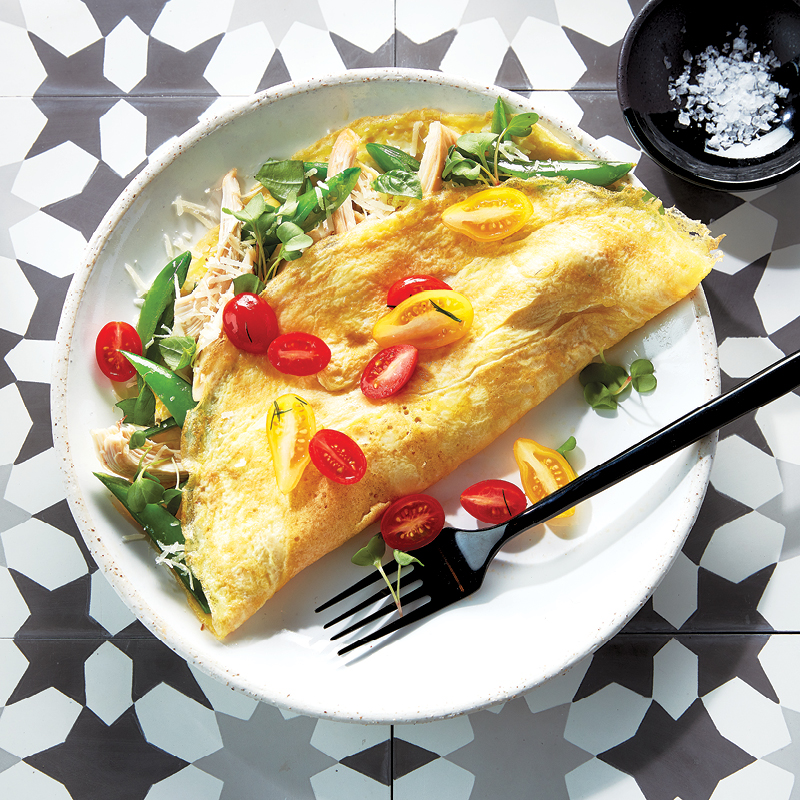 Chicken omelettes with snap peas and basil