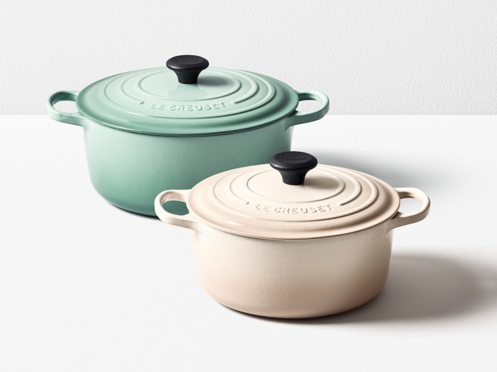 Frisk This Year's New Le Creuset Colours Are Sage And Meringue OO-95