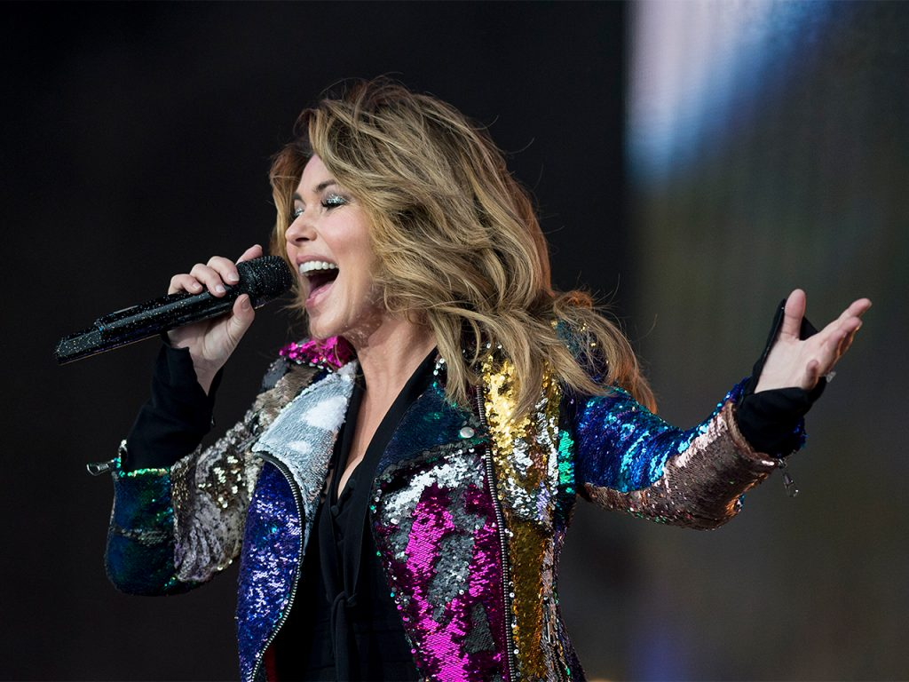 Shania Twain says she would've voted for Donald Trump in a new Guardian interview