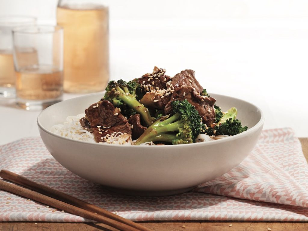 Sesame beef and vermicelli bowl