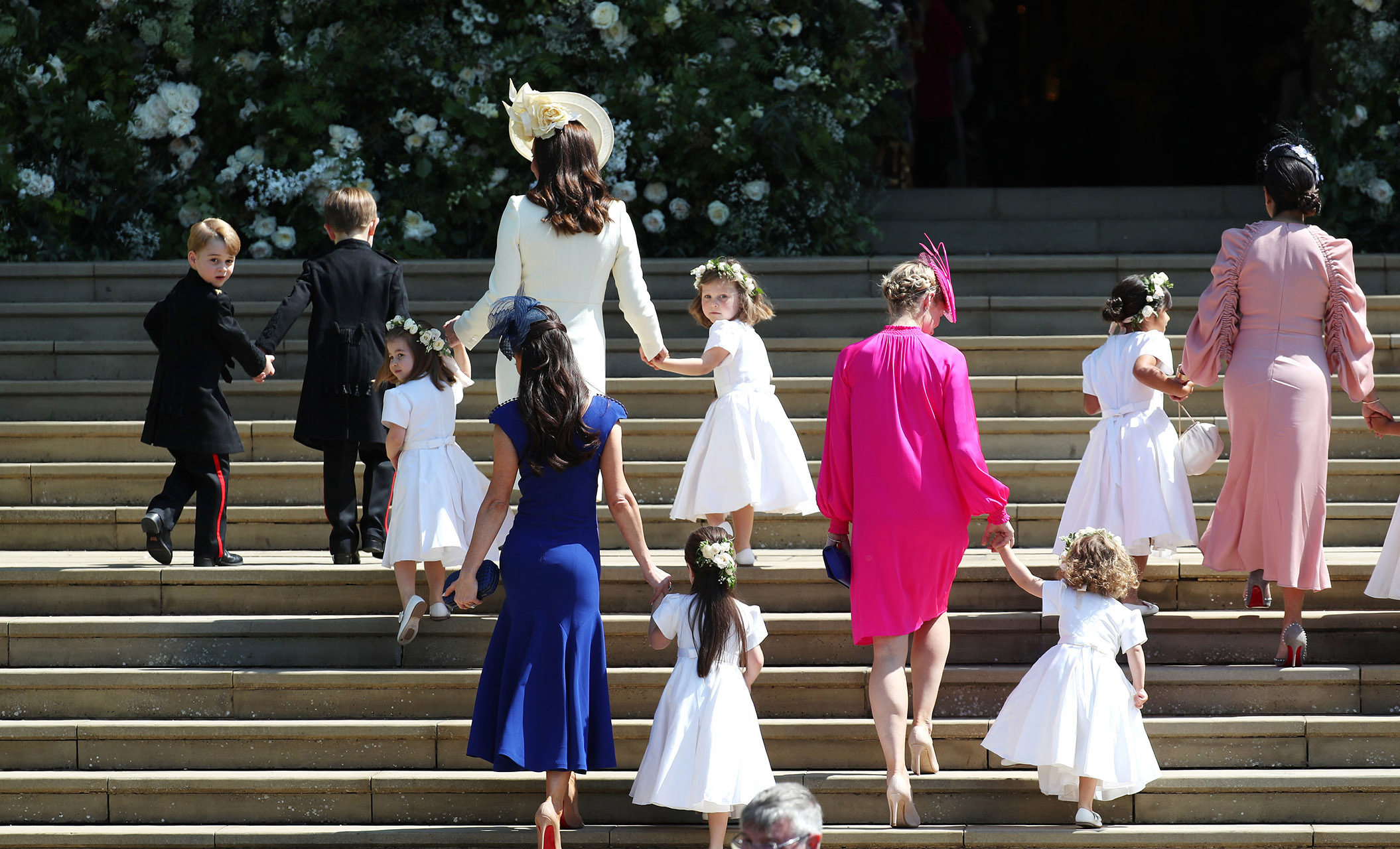 Jessica Mulroney with Prince George, Princess Charlotte and the rest of the bridesmaids and pageboys