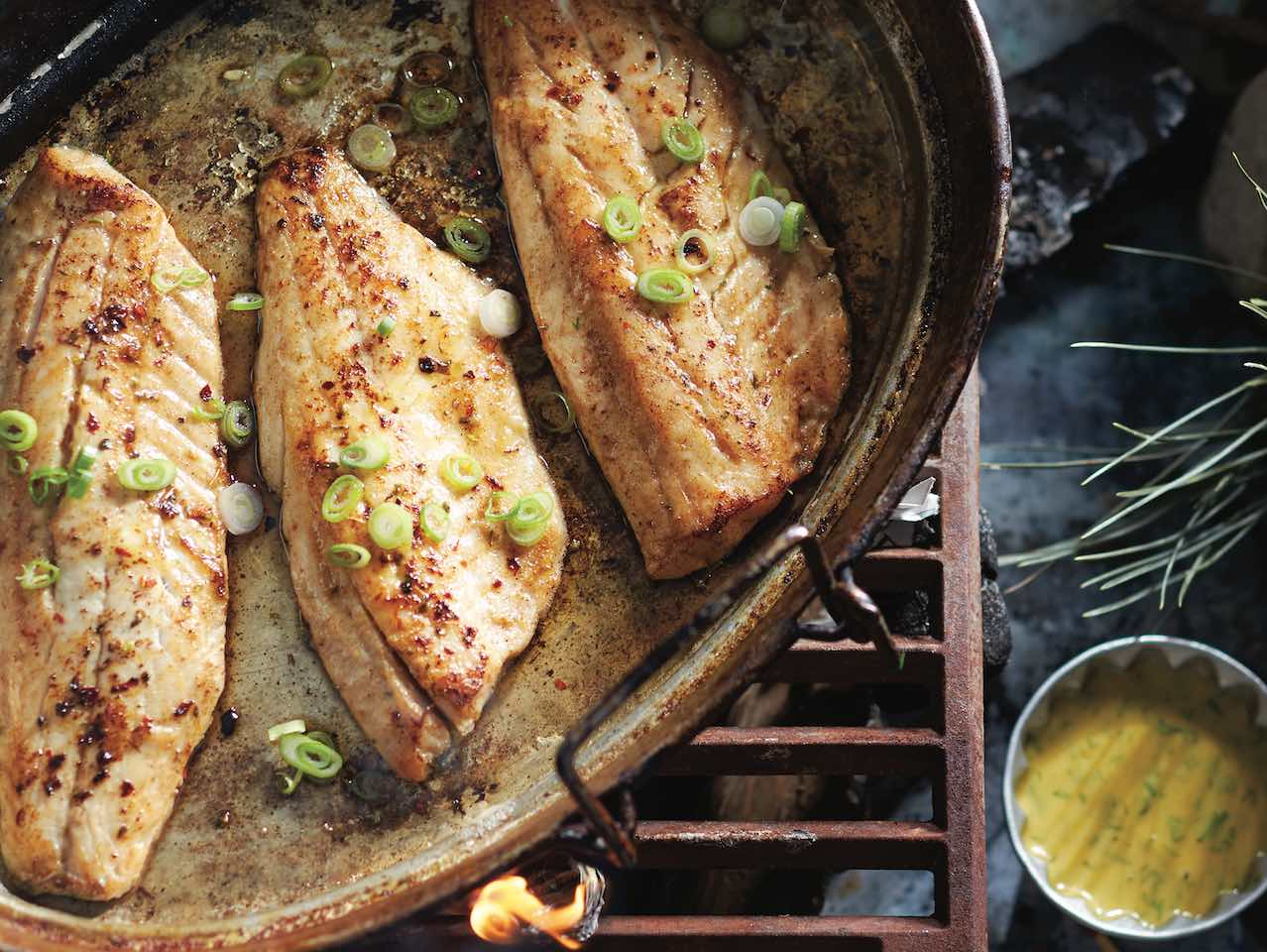 5 Easy Glazes, Rubs And Toppings To Dress Up Your Fish (And Make Weeknight Meals A Breeze)