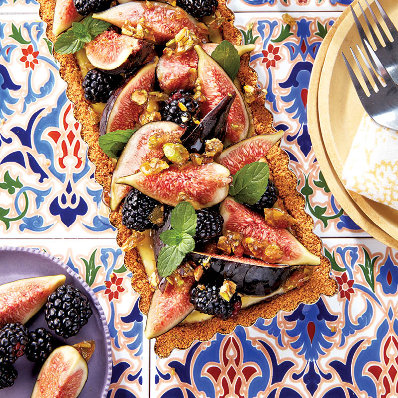 Honeyed fig tart with pistachio praline