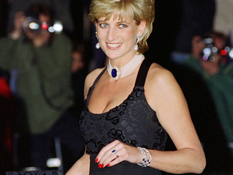 princess diana sapphire engagement ring and black dress