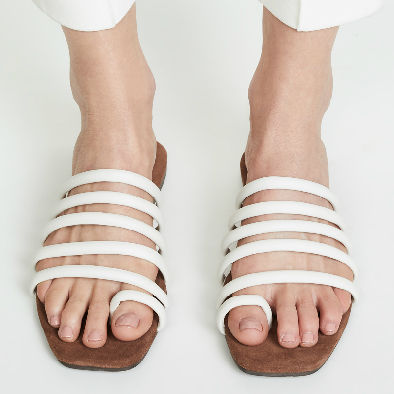 Trend: Strappy Sandals
