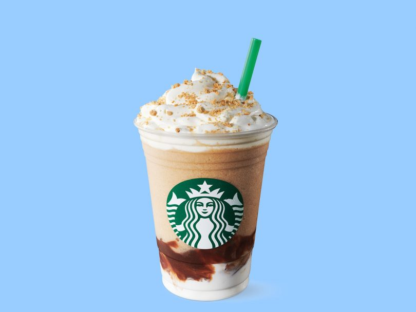 Starbucks s'mores frappucinno on a blue background.