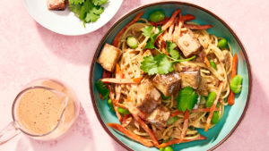 Cold spicy vegan peanut noodles with cold tofu