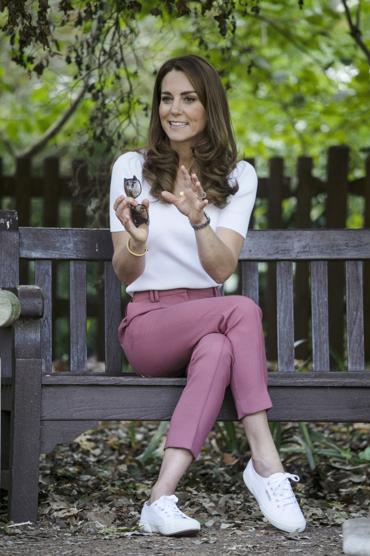 uchess Kate stepped out on Sept. 22 to speak with parents at Battersea Park in London about how they are supporting each other during the coronavirus pandemic