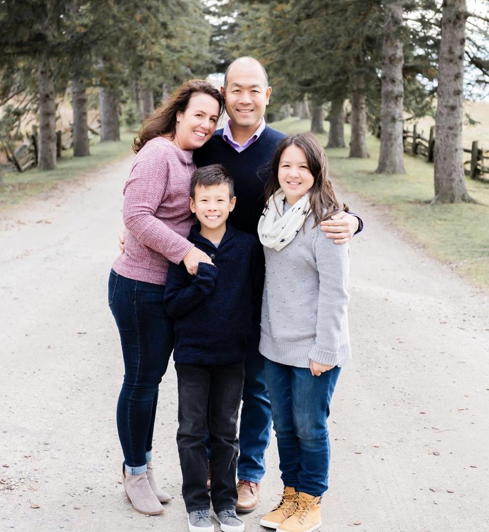 Stephanie Robinson-Yamakami and family