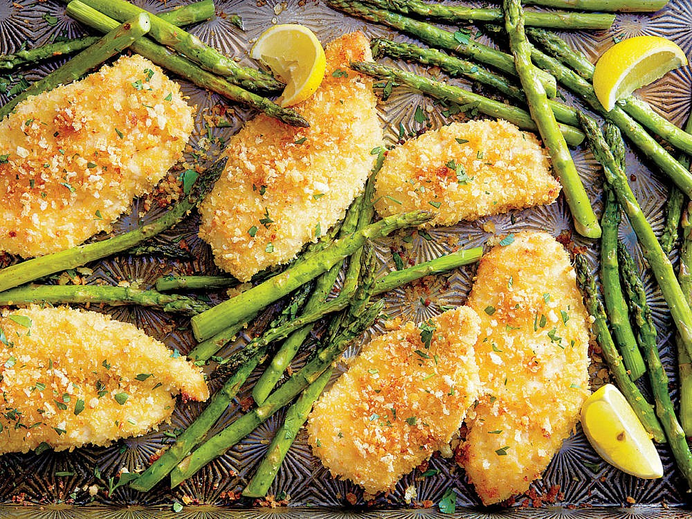 Chicken cutlets and lemon roasted asparagus