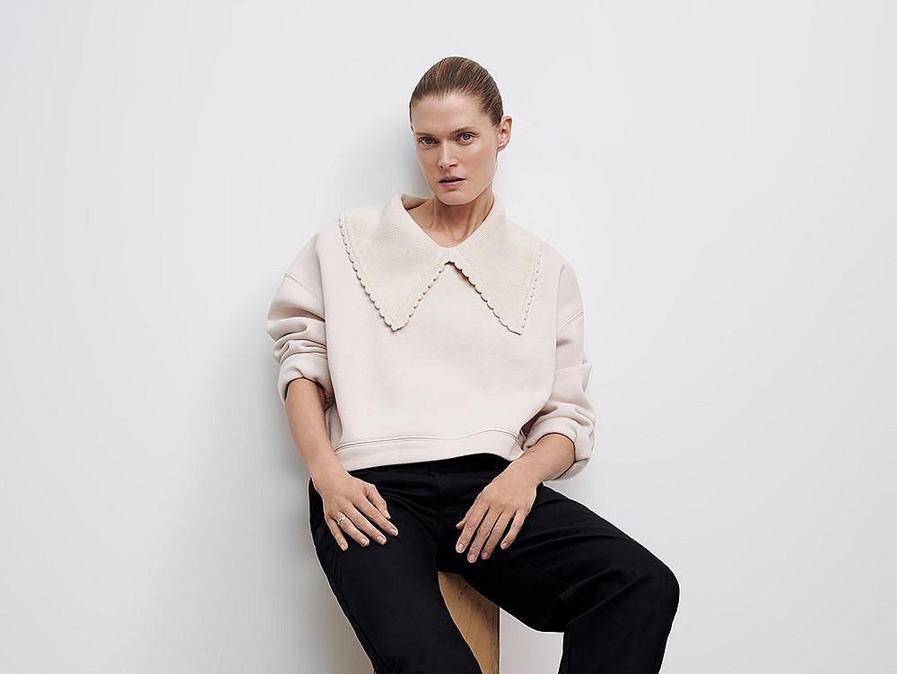 Zara big collar sweater